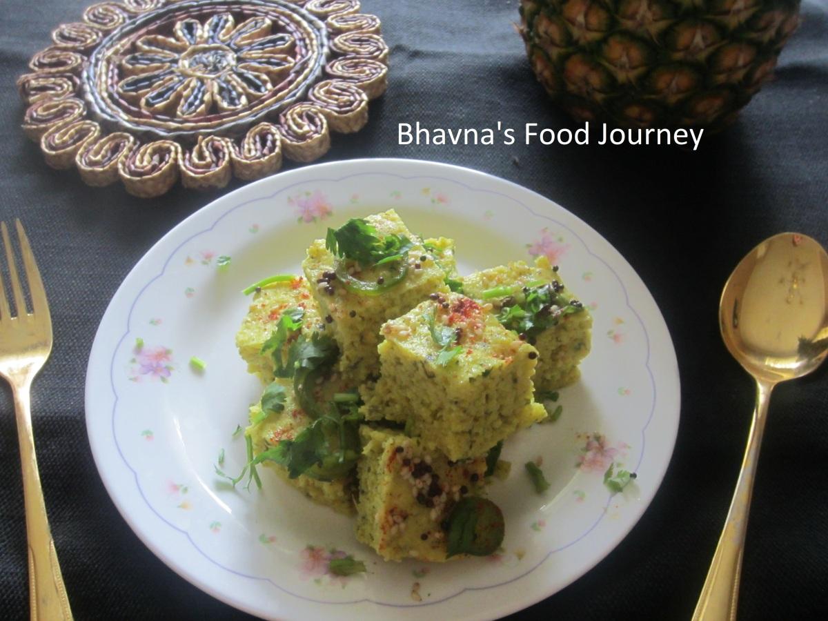 Spinach Khaman Dhokla