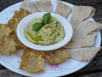 Roasted Garlic Basil Hummus