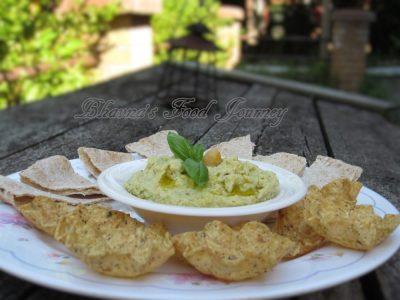 Roasted Garlic Basil Hummus1