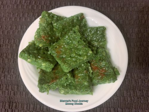 Spinach dhokla